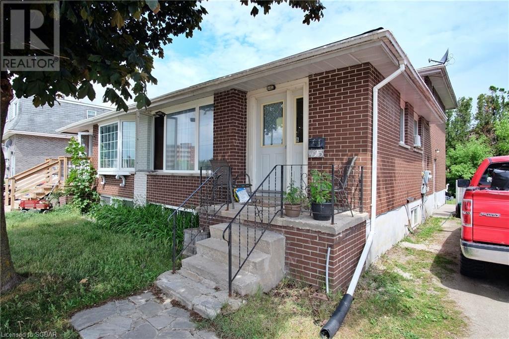 423 Ontario Street, Collingwood, Ontario  L9Y 4B9 - Photo 2 - 40124088
