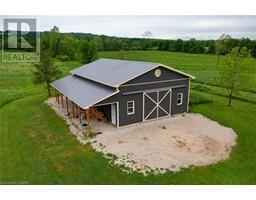 3650 42 COUNTY Road