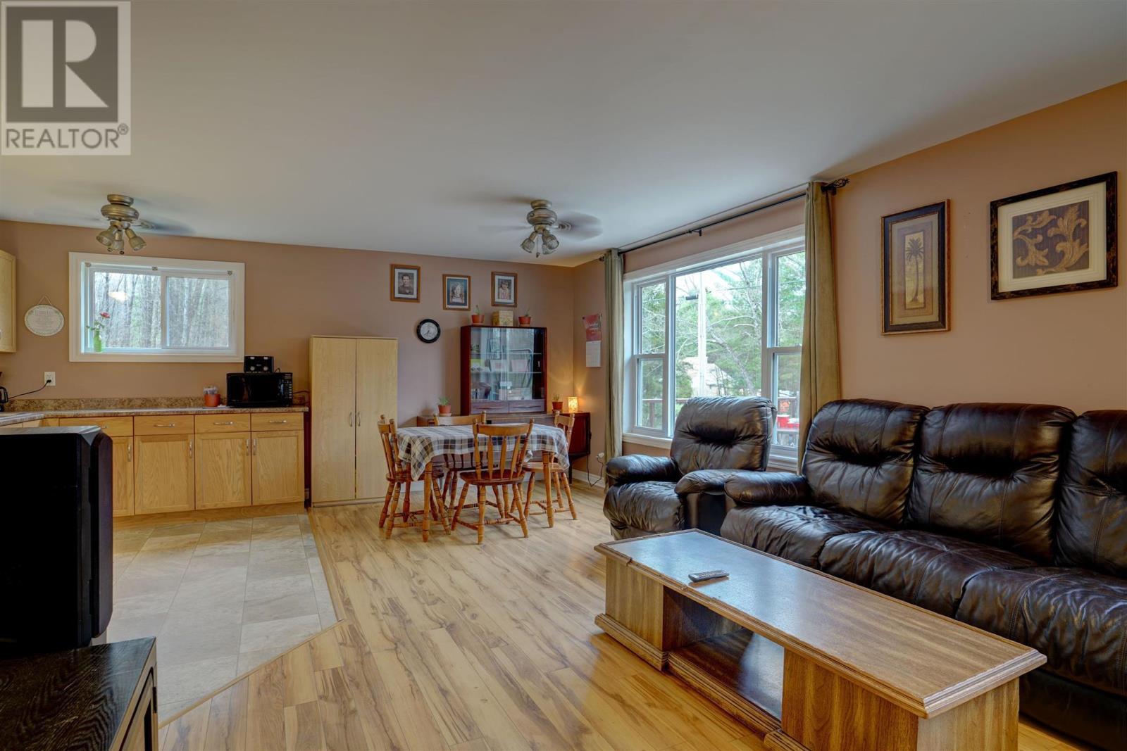 214 Addington Road 2, Addington Highlands, Ontario  K0H 2G0 - Photo 5 - K21002492