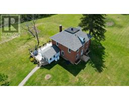176 Centreville RD