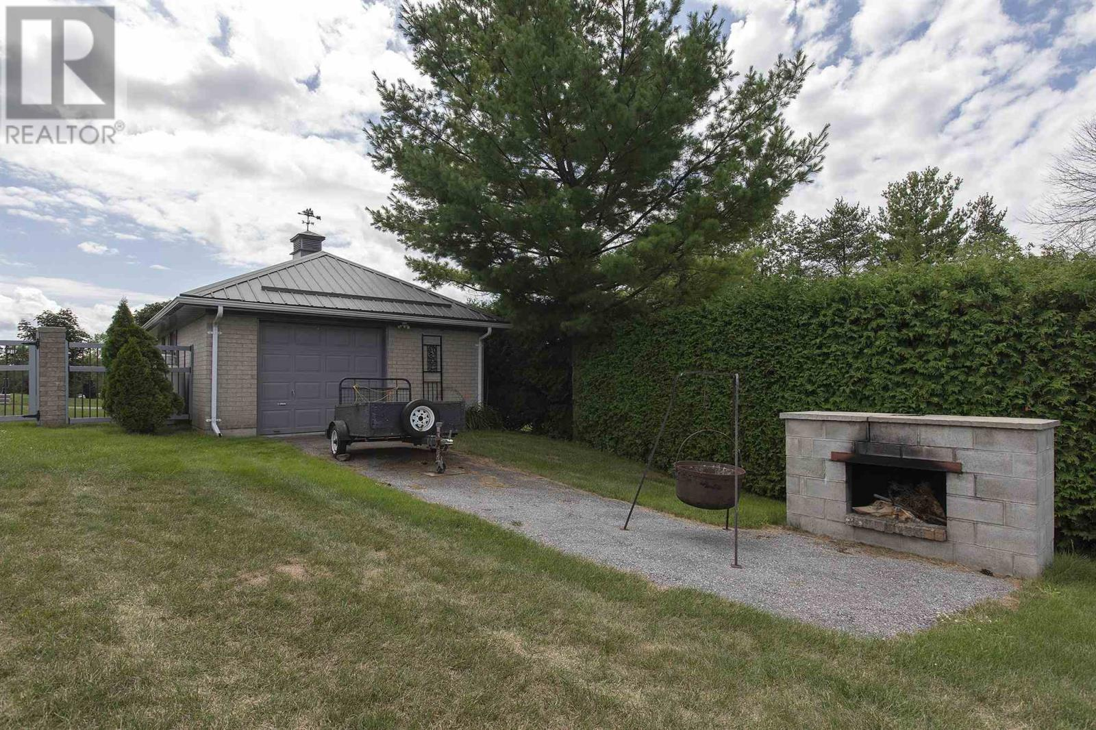 1125 County Road 9, Greater Napanee, Ontario  K7R 3K8 - Photo 10 - K21003609