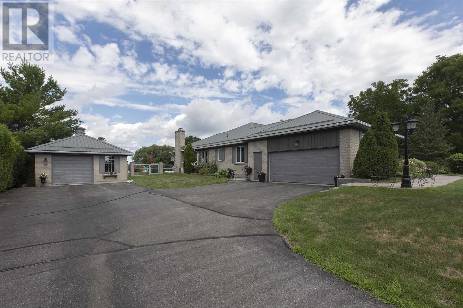 1125 County Road 9, Greater Napanee, Ontario  K7R 3K8 - Photo 3 - K21003609