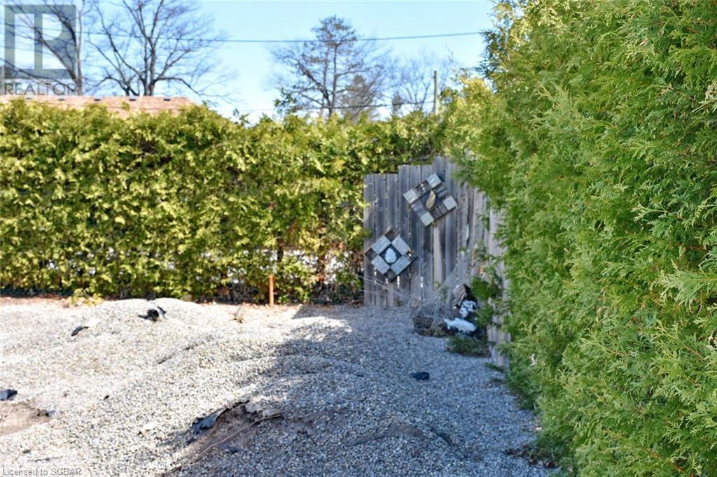 38 Glenwood Drive, Wasaga Beach, Ontario  L9Z 2K5 - Photo 11 - 40106005
