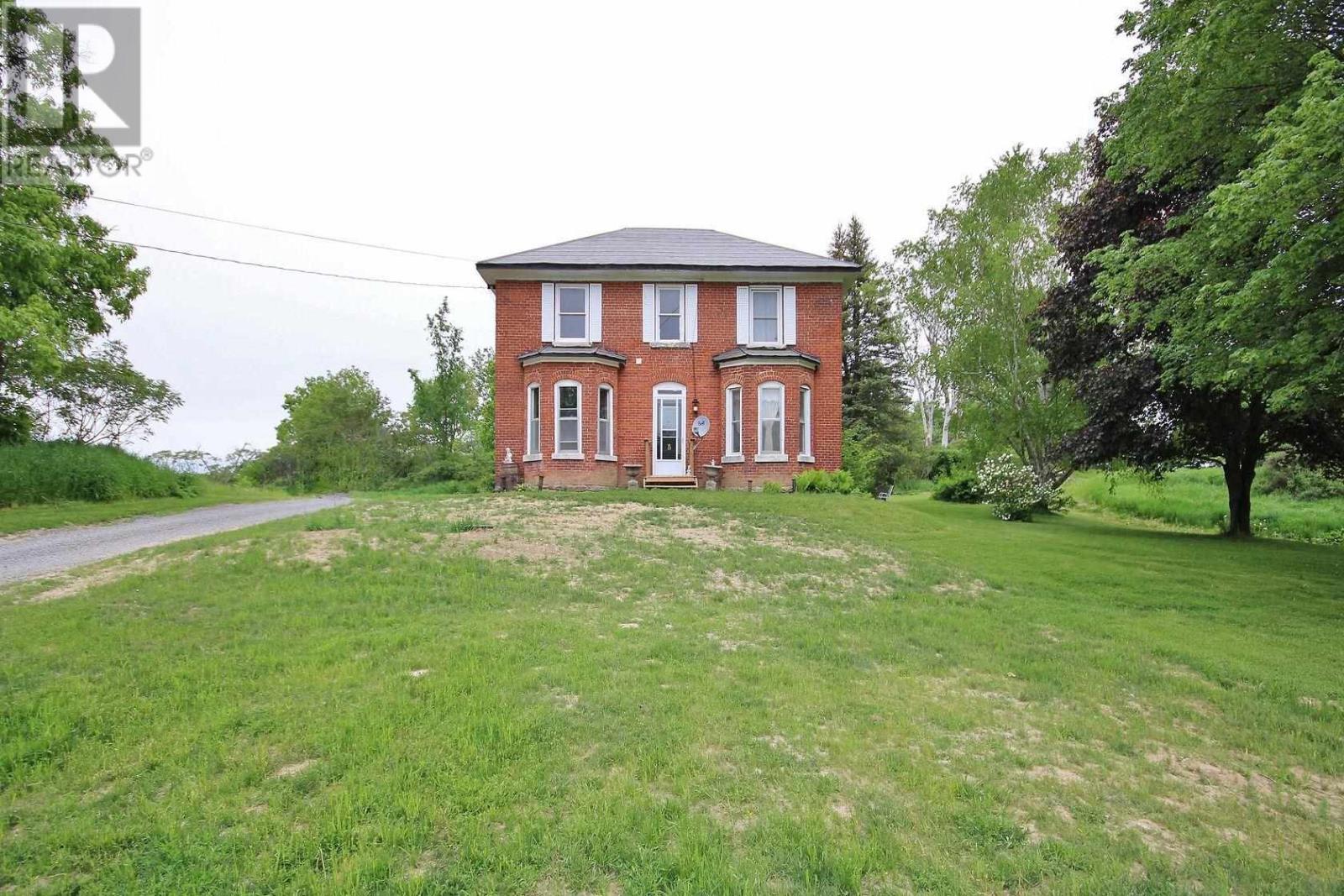 296 Berryton Rd, Leeds And 1000 Islands, Ontario  K0H 2N0 - Photo 1 - K21003548
