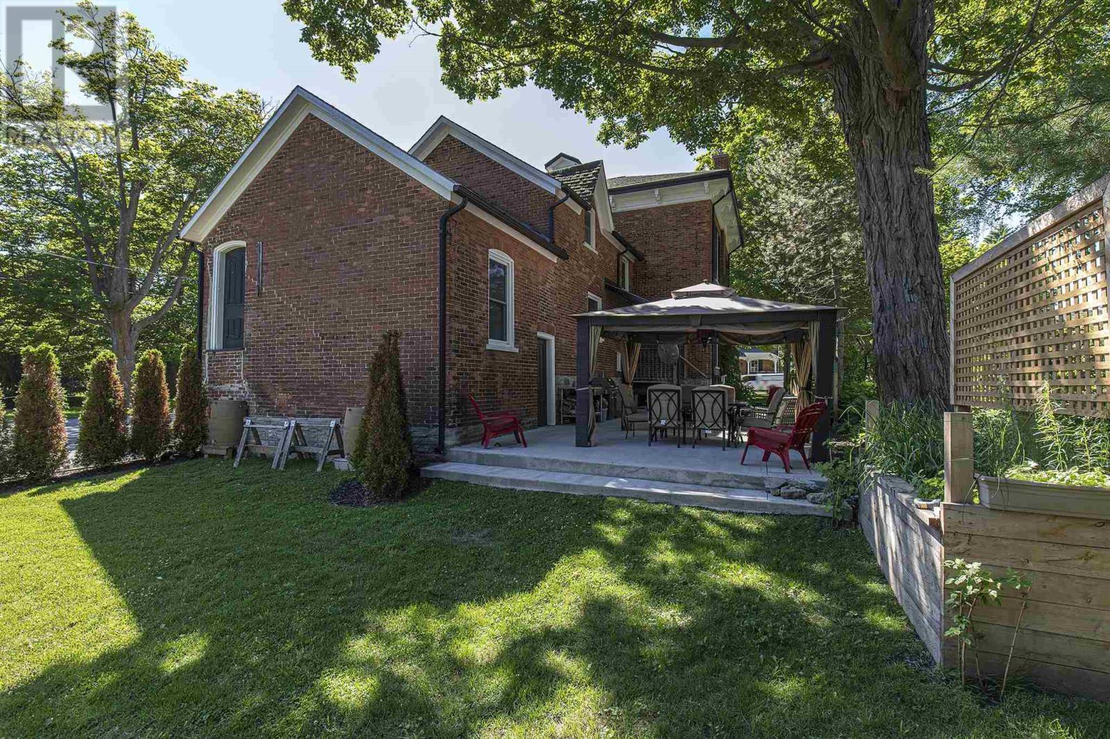 348 Main St, Picton, Ontario  K0K 2T0 - Photo 9 - K21003883
