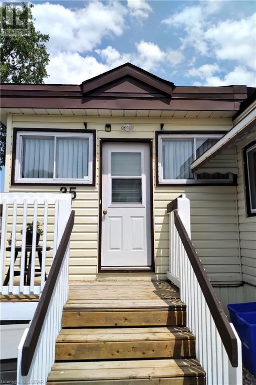 35 Vic's Road, Midland, Ontario  L4R 0B9 - Photo 2 - 40123884