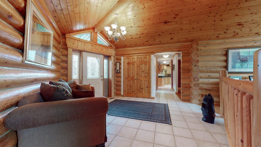 231065 Range Road 54, Bragg Creek, Alberta  T0L 0K0 - Photo 7 - A1114176
