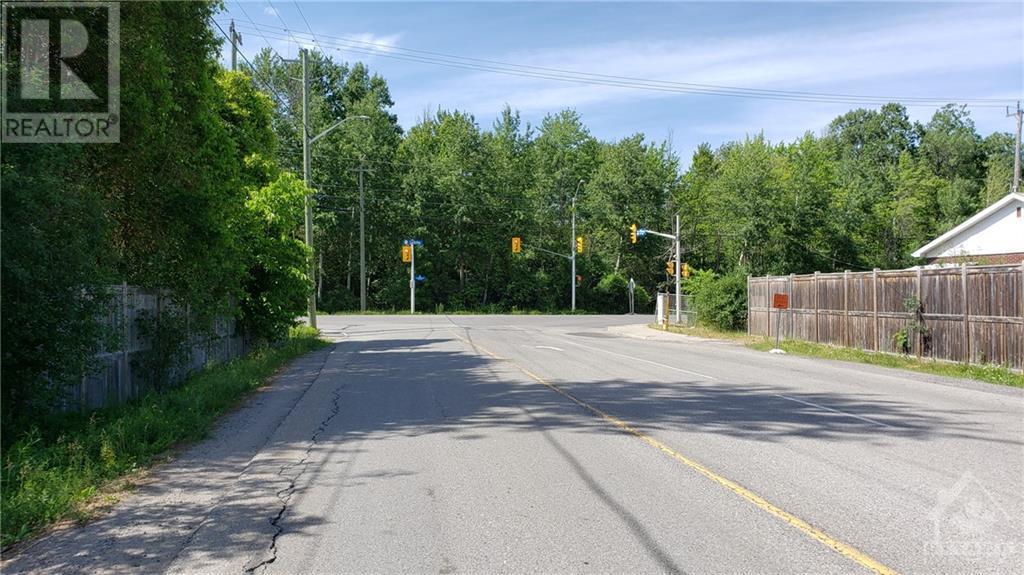 2500 Leitrim Road, Ottawa, Ontario  K1T 3V3 - Photo 14 - 1221905