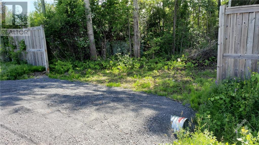 2500 Leitrim Road, Ottawa, Ontario  K1T 3V3 - Photo 16 - 1221905