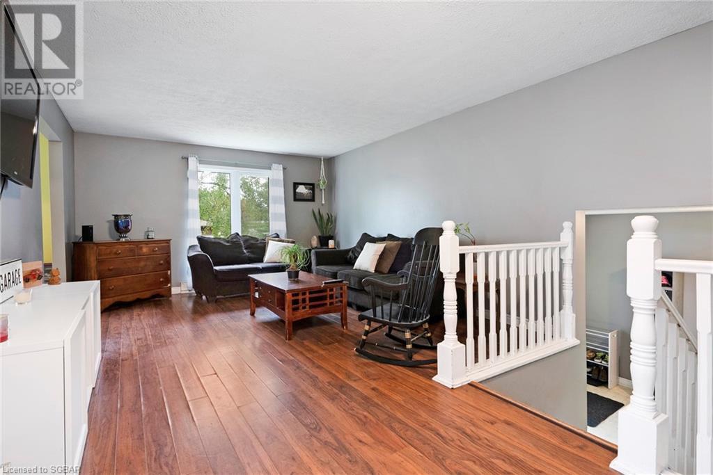 34 Francis Street E, Creemore, Ontario  L0M 1G0 - Photo 6 - 40117633