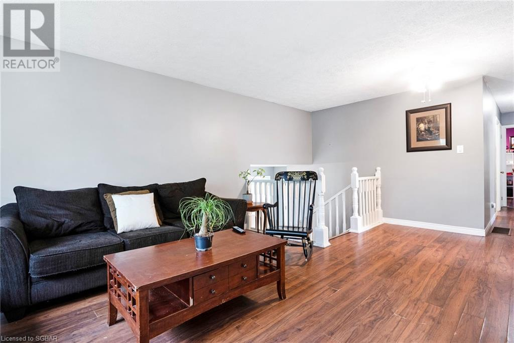 34 Francis Street E, Creemore, Ontario  L0M 1G0 - Photo 8 - 40117633