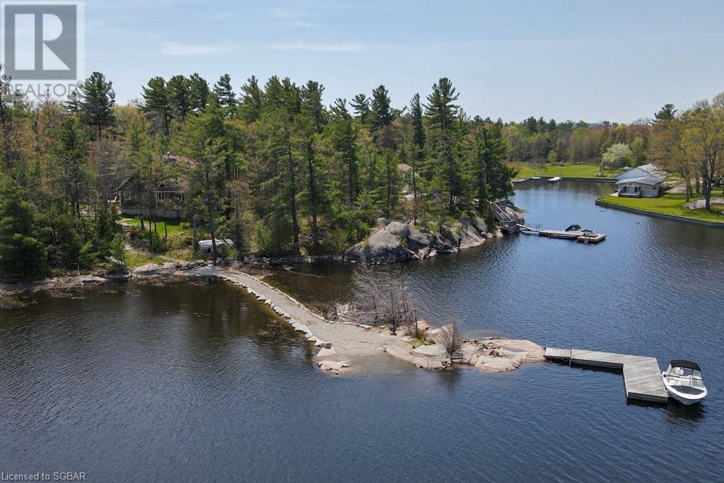 100 Island 630 / Roberts Island, Honey Harbour, Ontario  P0E 1E0 - Photo 4 - 40063318