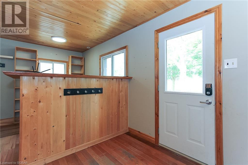 5654 9 Sunnidale Concession, Clearview, Ontario  L0M 1S0 - Photo 2 - 40127974