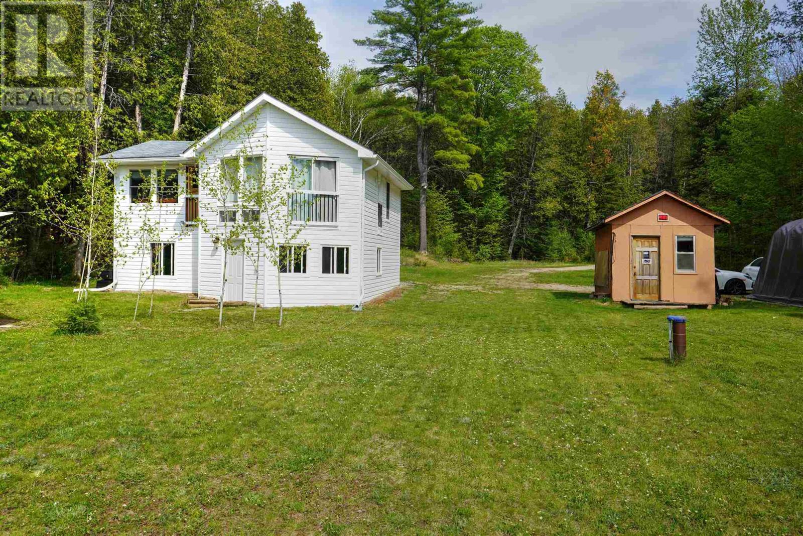 1039A Hills Lake RD, plevna, Ontario