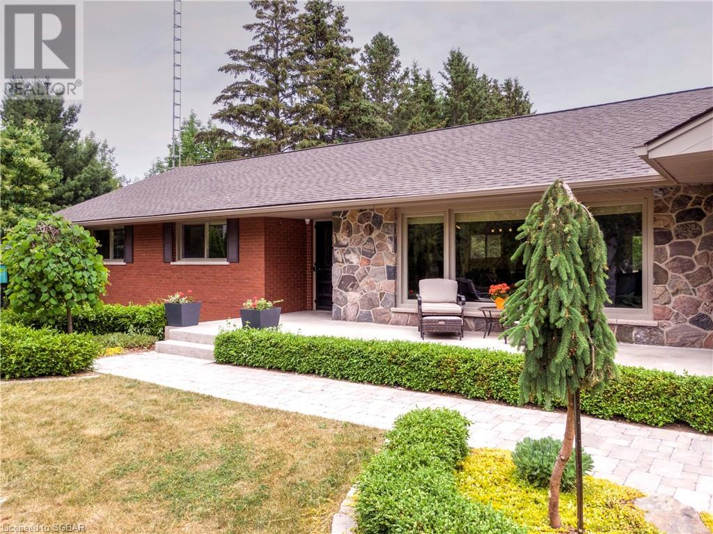 2201 5 Nottawasaga Concession N, Clearview, Ontario  L0M 1S0 - Photo 2 - 40129473