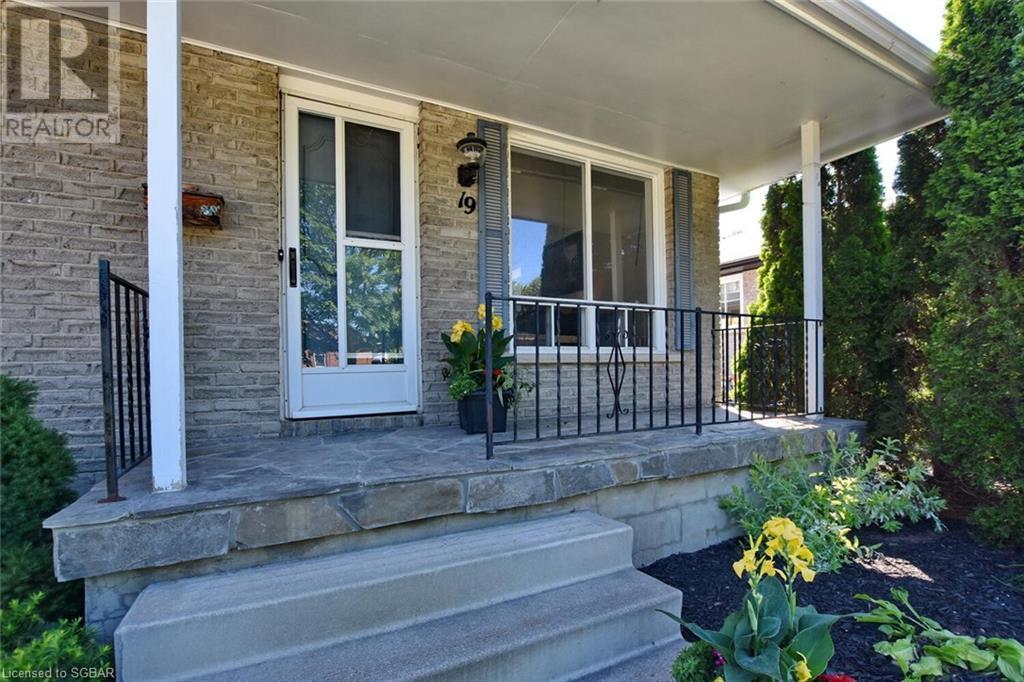19 Sproule Avenue, Collingwood, Ontario  L9Y 4K8 - Photo 7 - 40129986