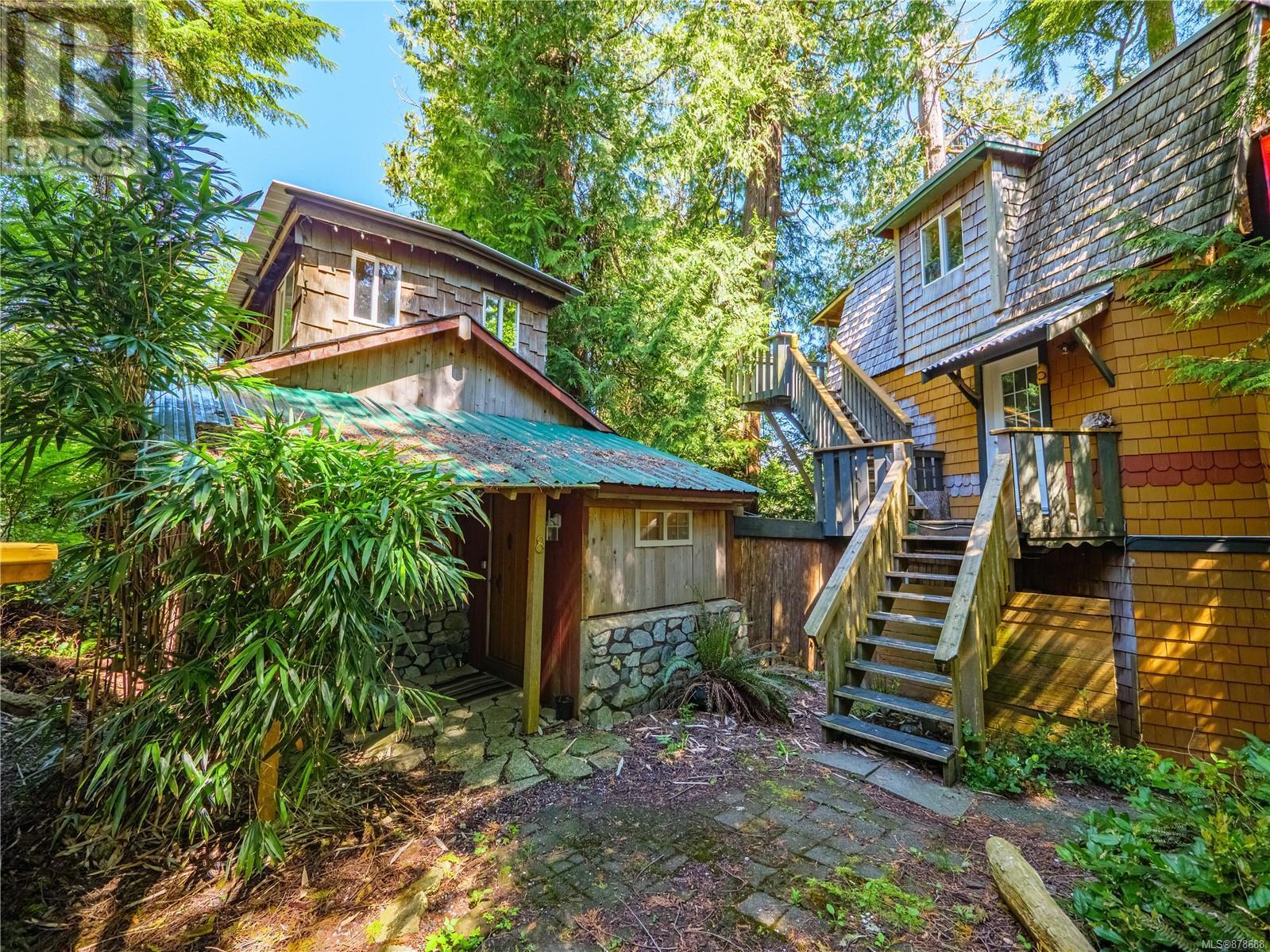 5,6,7,8 2088 Peninsula Rd, ucluelet, British Columbia
