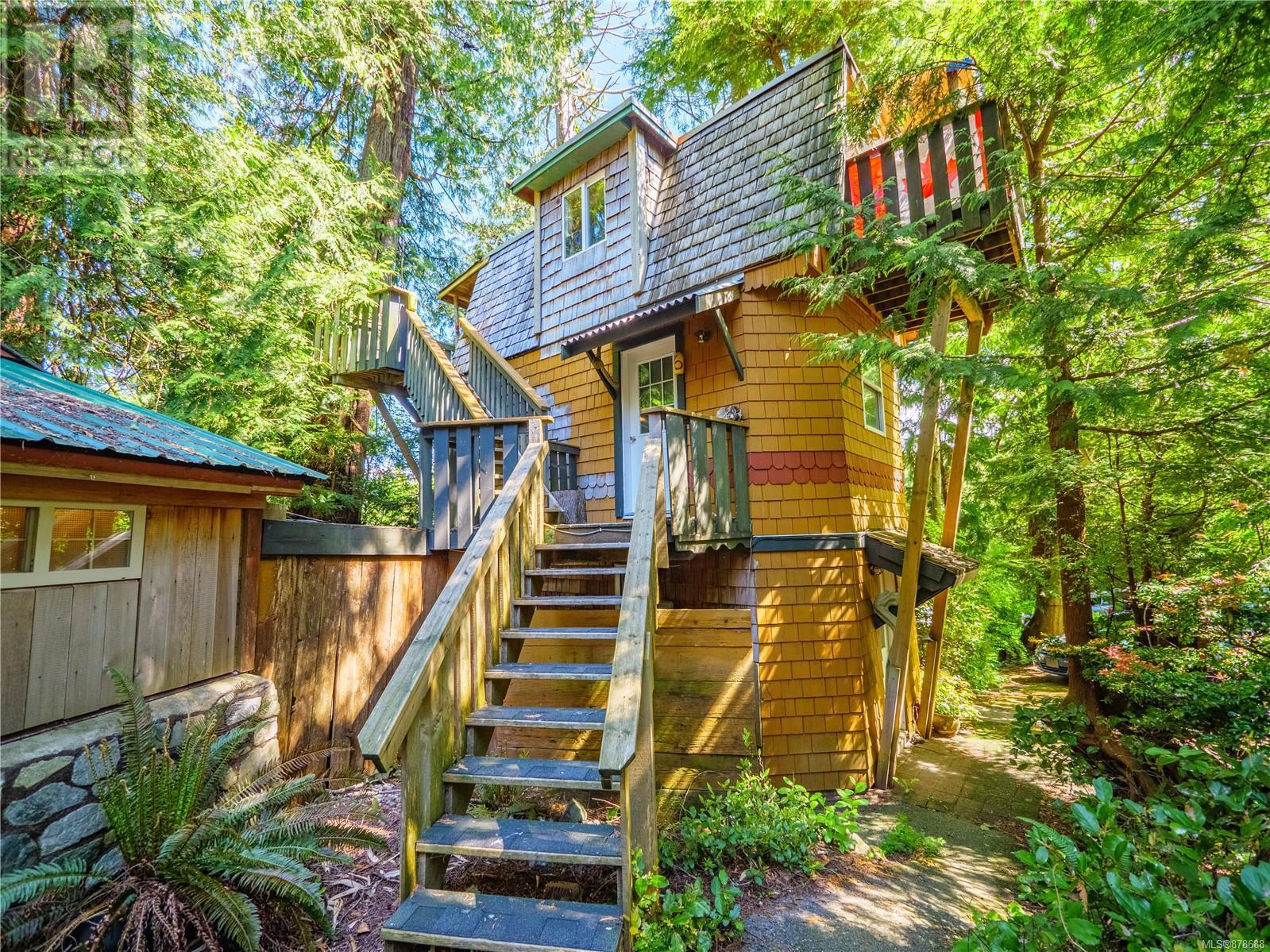 5,6,7,8 2088 Peninsula Rd, Ucluelet, British Columbia  V0R 3A0 - Photo 2 - 878688