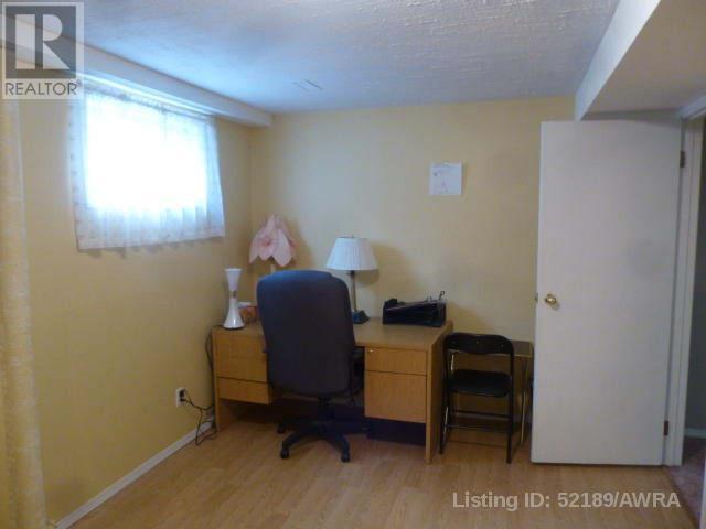10334 Hoppe Ave, Grande Cache, Alberta  T0E 0Y0 - Photo 8 - AW52189