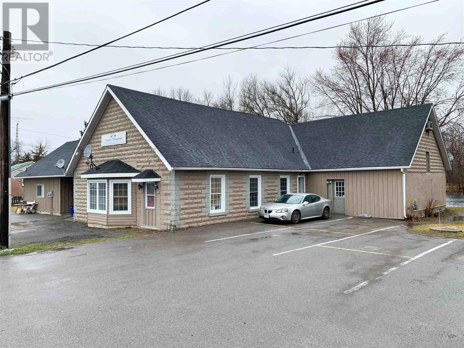 244 Ashley St, Foxboro, Ontario  K0K 2B0 - Photo 2 - K21002930