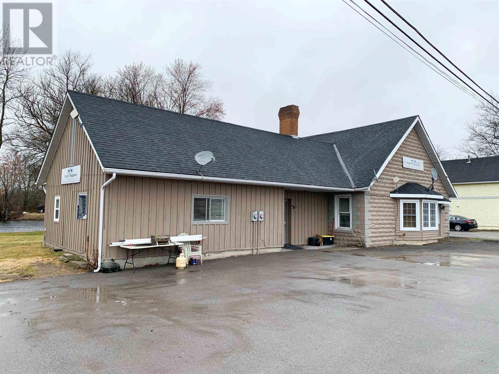 244 Ashley St, Foxboro, Ontario  K0K 2B0 - Photo 3 - K21002930