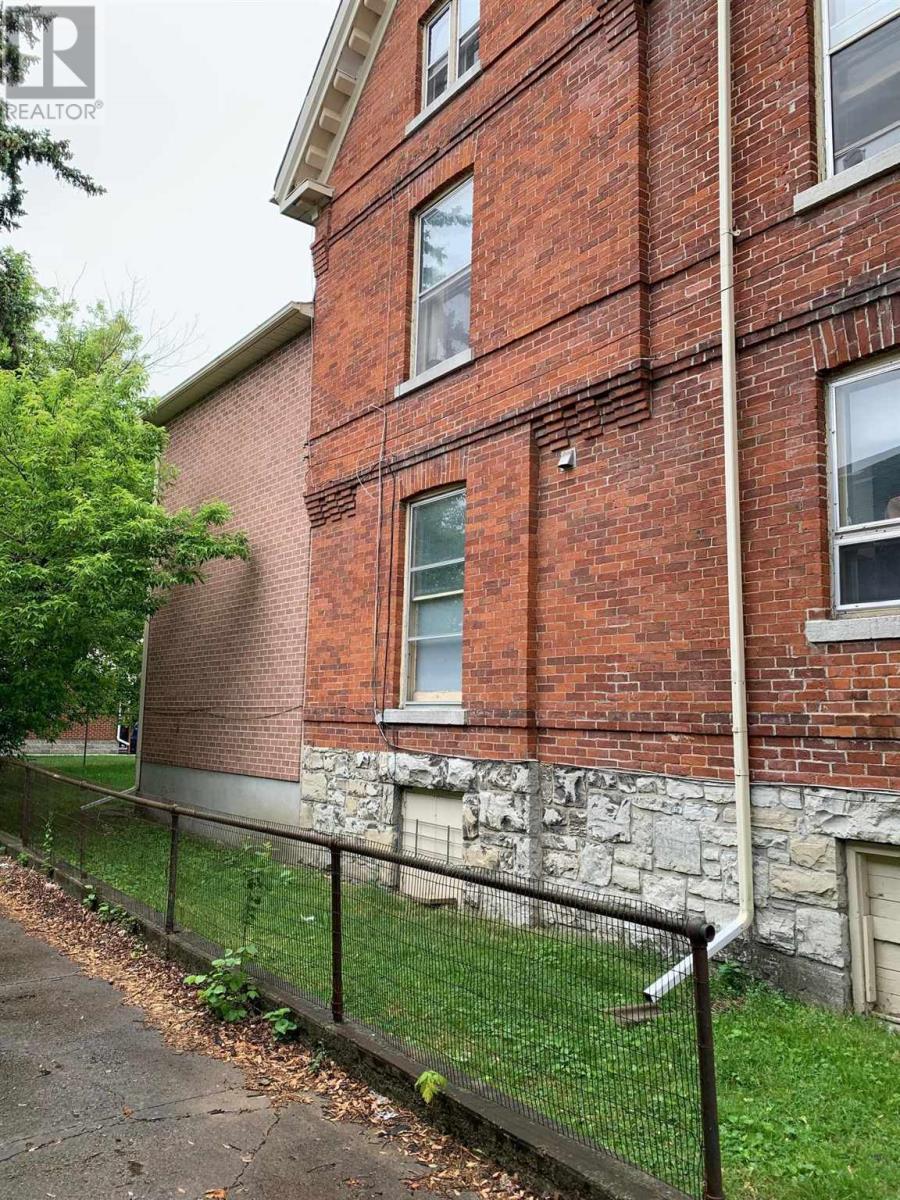 380 Brock St, Kingston, Ontario  K7L 1T1 - Photo 34 - K21003836