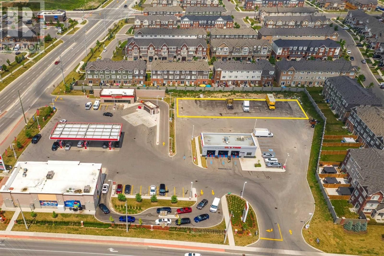 11095 Creditview Rd, Brampton, Ontario  L7A 0A8 - Photo 2 - W5226819