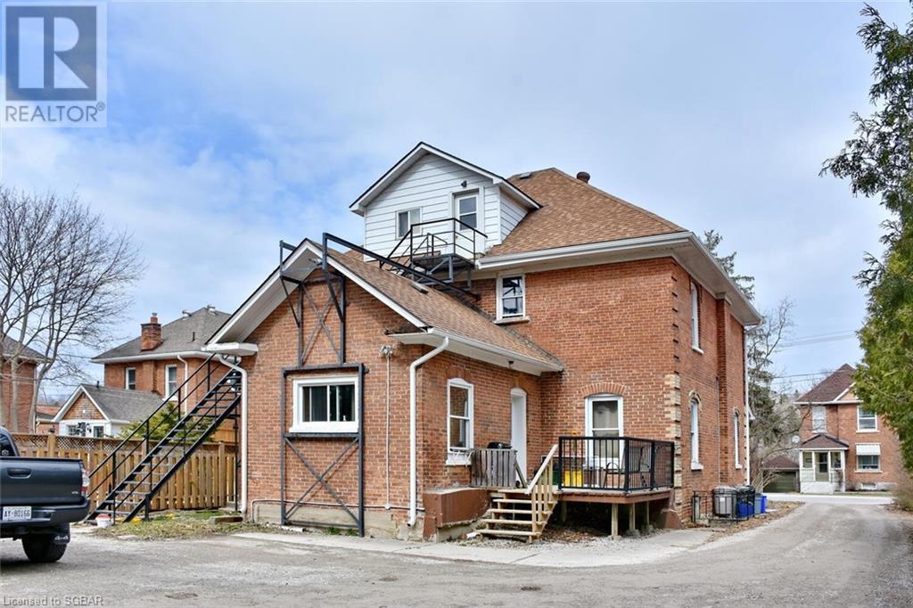 439 14th Street W, Owen Sound, Ontario  N4K 3Y1 - Photo 2 - 40085913