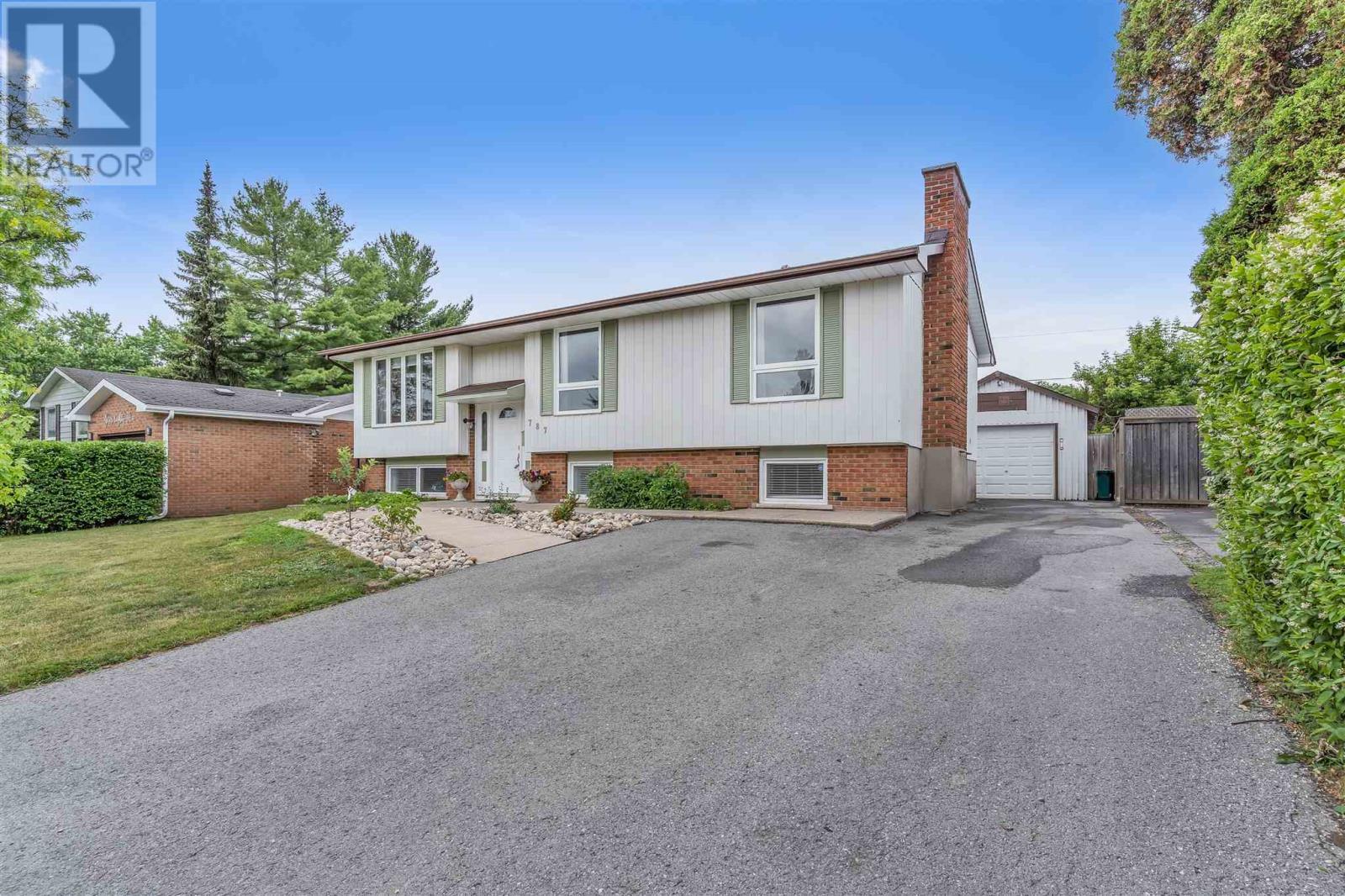 Property Listing: 787 Butternut St, Kingston, Ontario