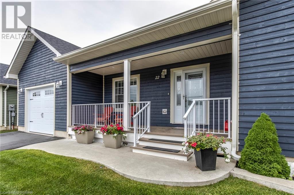 22 Grew Crescent, Penetanguishene, Ontario  L9M 0A4 - Photo 2 - 40126539