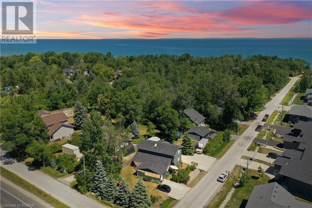42 Lakeshore Road, Wasaga Beach, Ontario  L9Z 2Y3 - Photo 1 - 40133005