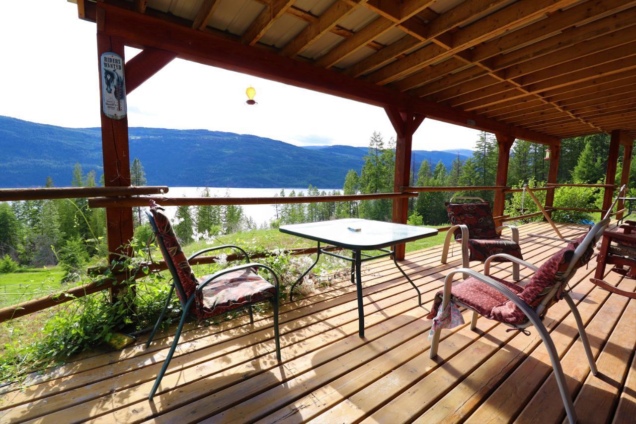 S Broadwater Rd, Deer Park, British Columbia  V0G 1X0 - Photo 2 - 2459519