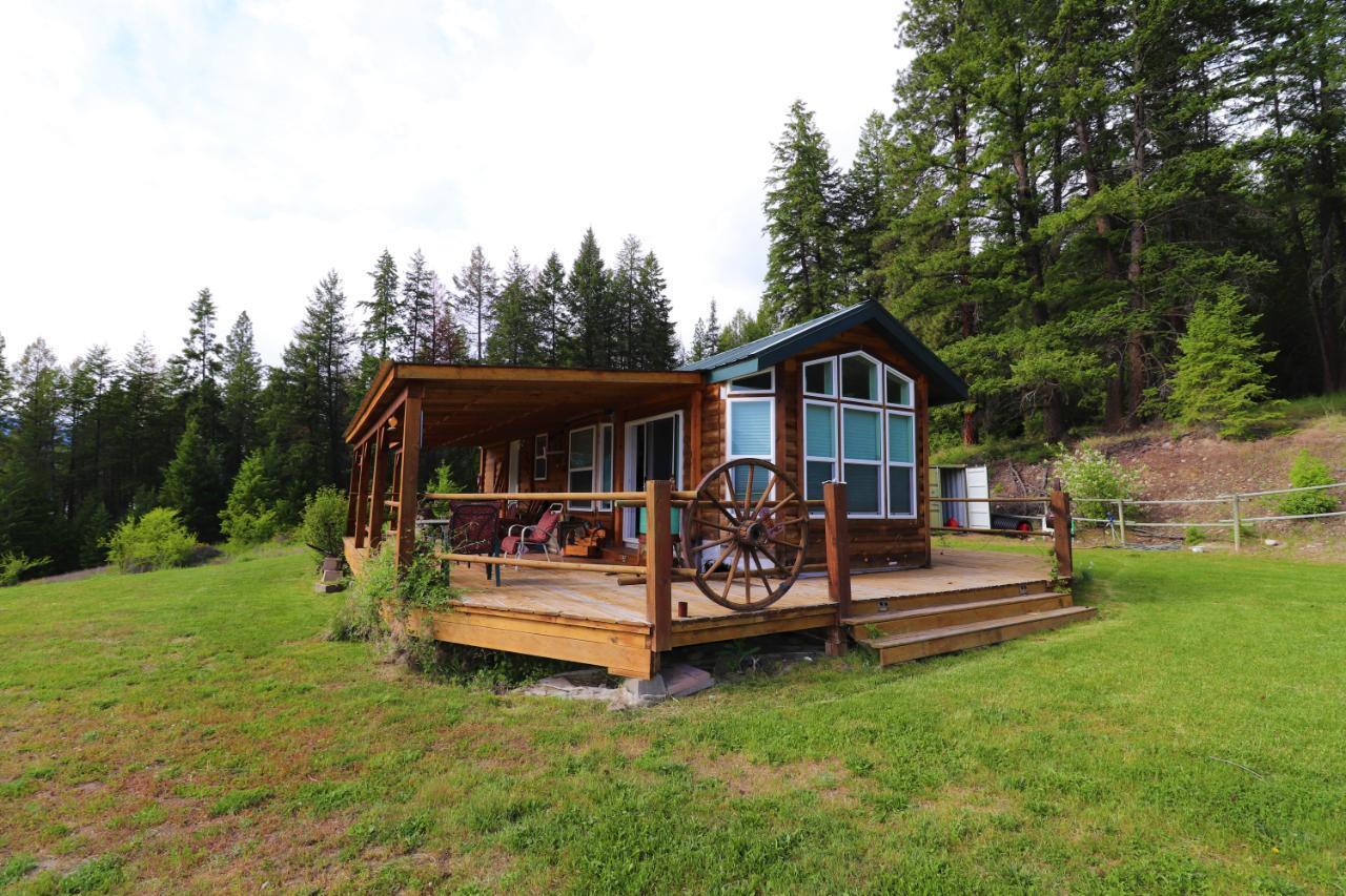 S Broadwater Rd, Deer Park, British Columbia  V0G 1X0 - Photo 4 - 2459519