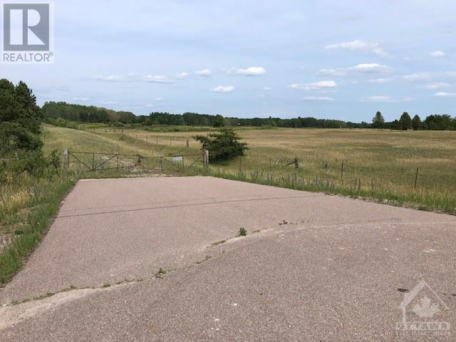 15758 17 Highway, Arnprior, Ontario  K7S 3G7 - Photo 4 - 1249359