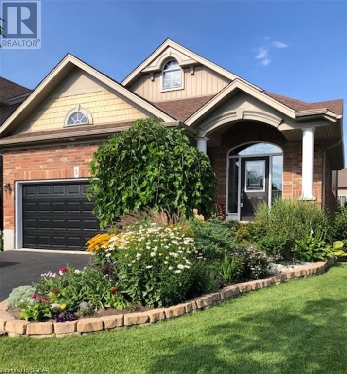 10 Davis Street, Collingwood, Ontario  L9Y 0C9 - Photo 1 - 40133288