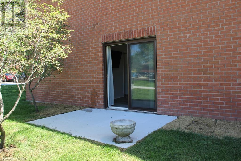 155 Edgehill Drive Unit# K1, Barrie, Ontario  L4N 1L9 - Photo 3 - 40134451
