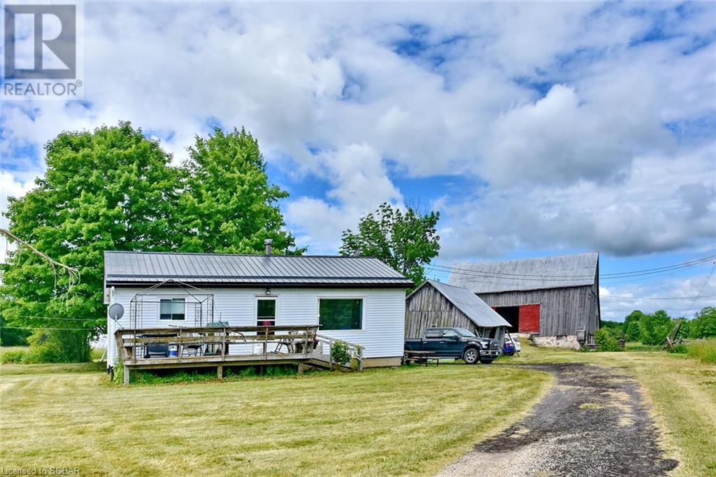 315298 3rd A Line, Grey Highlands, Ontario  N0C 1E0 - Photo 1 - 40116372