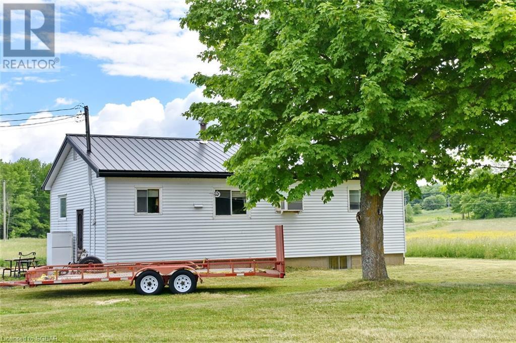 315298 3rd A Line, Grey Highlands, Ontario  N0C 1E0 - Photo 2 - 40116372