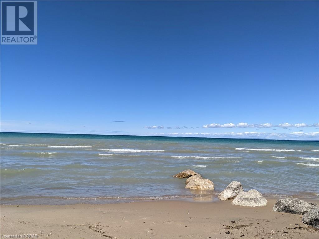 26 72nd Street N, Wasaga Beach, Ontario  L9Z 2X6 - Photo 4 - 40132408