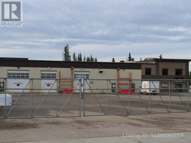 5977 3 Ave, Edson, Alberta    - Photo 2 - AWI51366