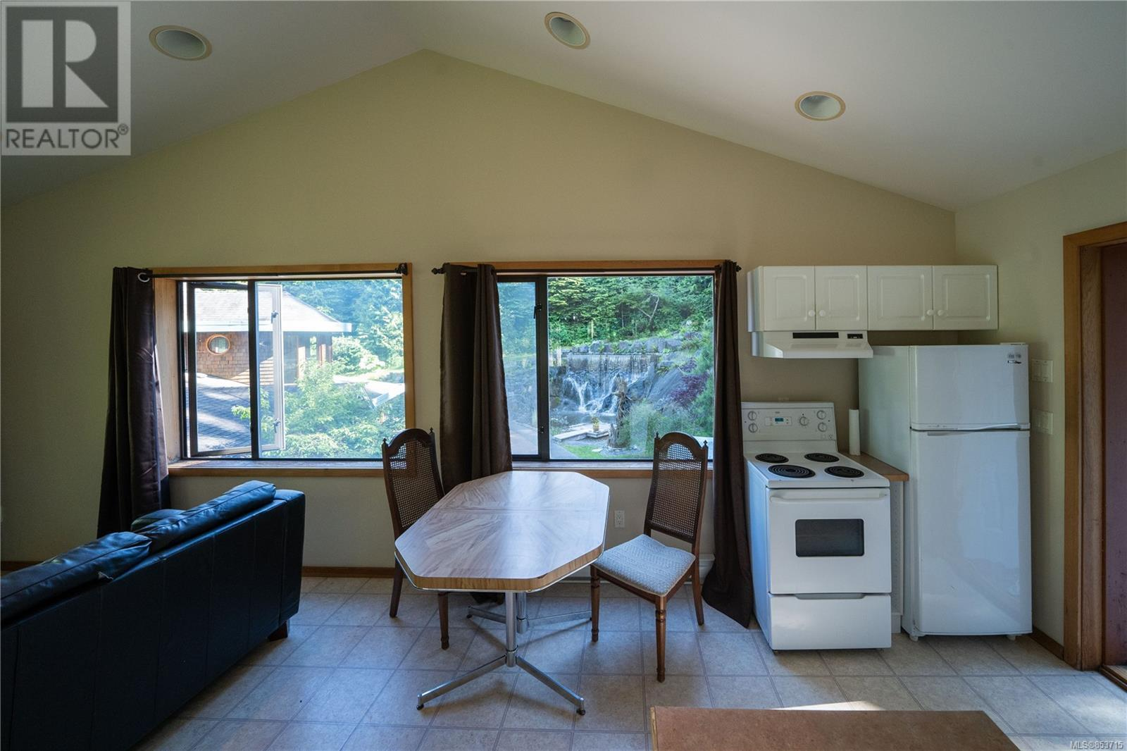 MLS® #853715 - Tofino House For sale Image #41