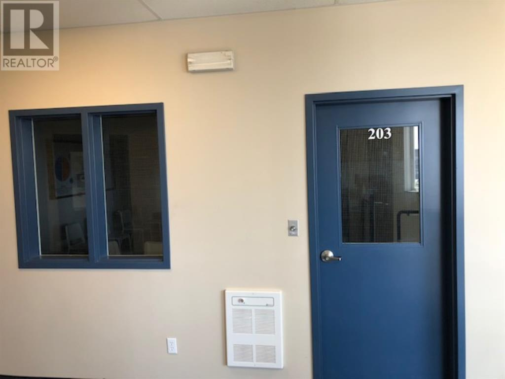 203, 11745 105  Street, Grande Prairie, Alberta  T8V 8L1 - Photo 2 - A1018591