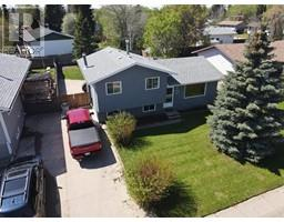 Find Homes For Sale at 5024 43 Street