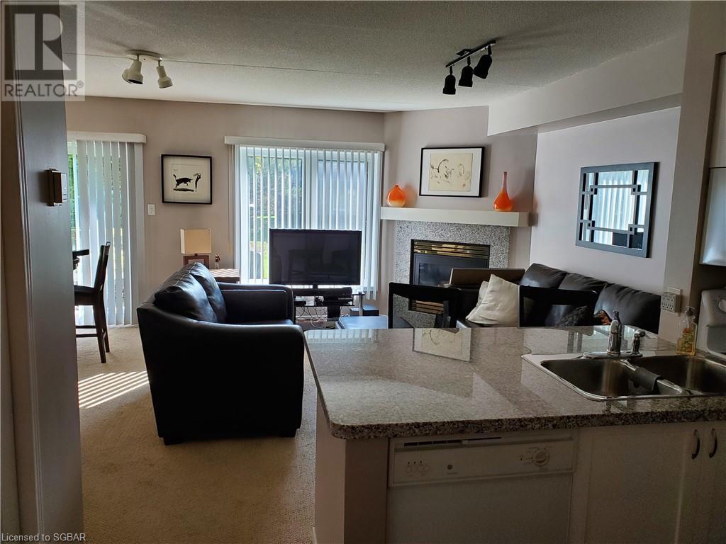 704 Johnston Park Avenue, Collingwood, Ontario  L9Y 5C7 - Photo 4 - 40136089