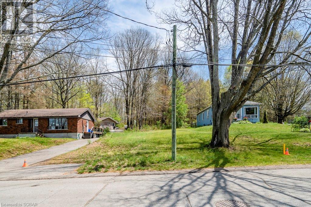 309 Church Street, Penetang, Ontario  L9M 1B3 - Photo 2 - 40133771
