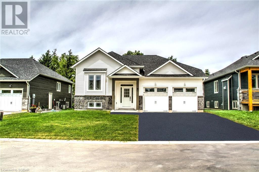 19 Gordon Crescent, Meaford, Ontario  N4L 1C7 - Photo 1 - 40132998