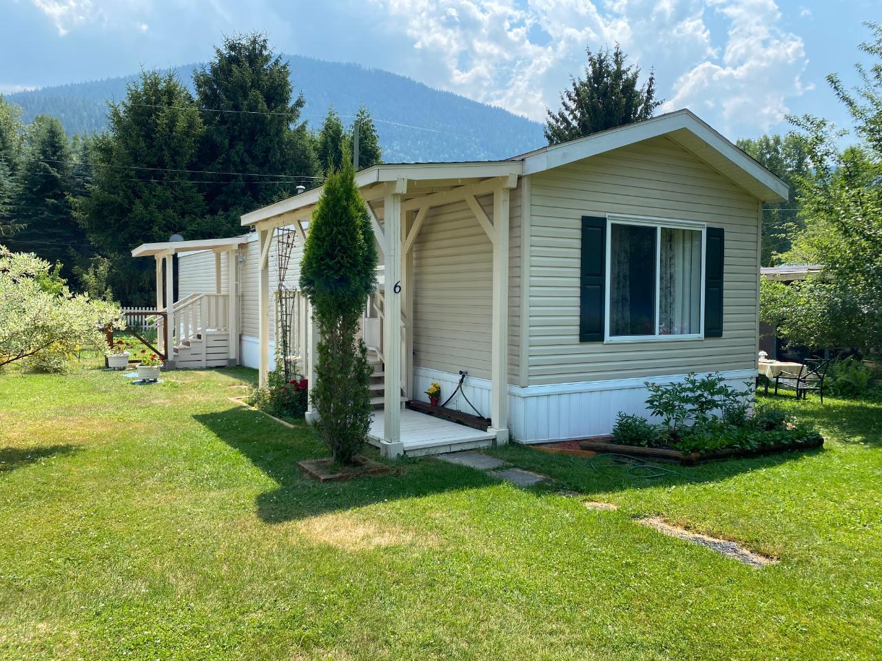 6 - 2916 Georama Rd, Nelson, British Columbia  V1L 6Y7 - Photo 1 - 2459690