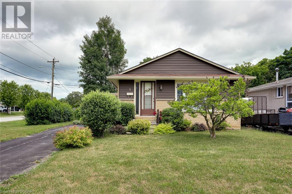 1 Dickson Road, Collingwood, Ontario  L9Y 2X2 - Photo 2 - 40133037