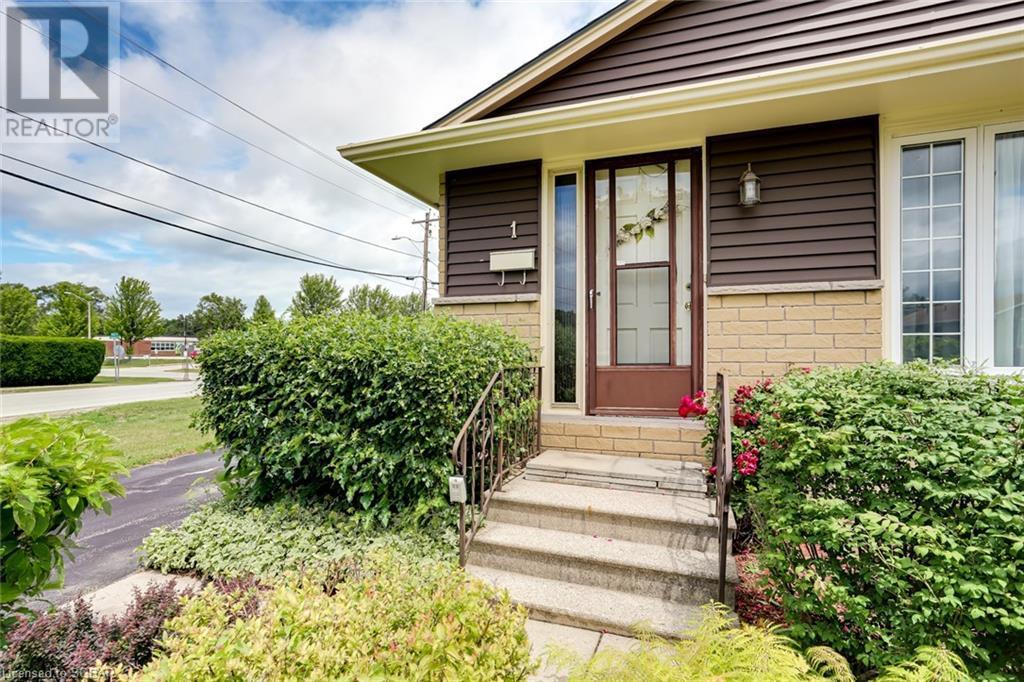 1 Dickson Road, Collingwood, Ontario  L9Y 2X2 - Photo 5 - 40133037