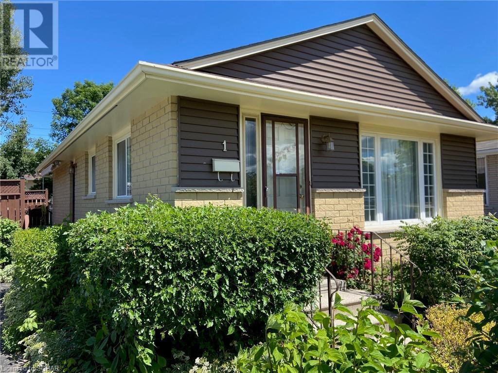 1 Dickson Road, Collingwood, Ontario  L9Y 2X2 - Photo 3 - 40133037